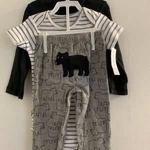 NWT 3pc Baby outfit is TOO  TOO cute!